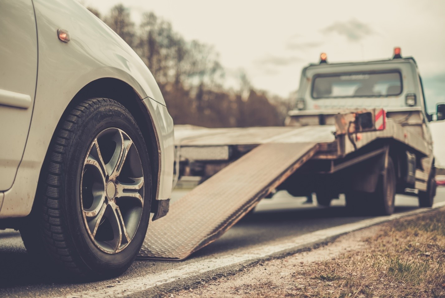 Your car is one of the most important and valuable possessions you own. Don't risk damaging it and adding extra stress and cost to your move by driving it to your new location. Let Piedmont Towing's professional vehicle transport service can save you time and money while ensuring the safe delivery of your vehicle.